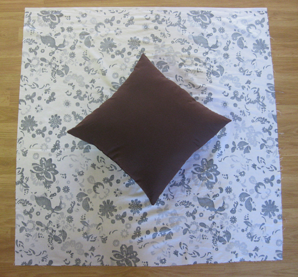 Diy Throw Pillow Cover No Sew : DIY No-Sew Throw Pillows