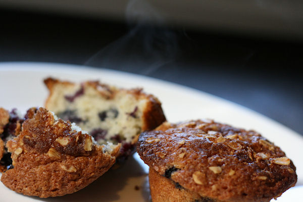 Simple Blueberry Muffins With Streusel Toppings