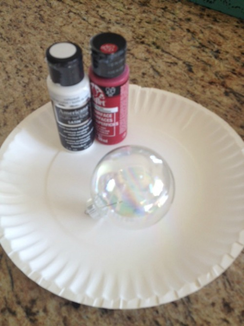 Supplies to Paint DIY Christmas Ornament